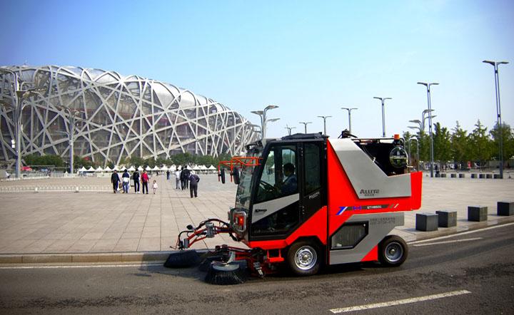扫路机QTH8501